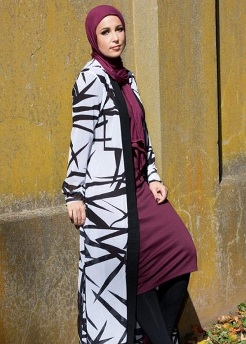 This Modest Fashion Label Is Showing At New York Fashion ...
