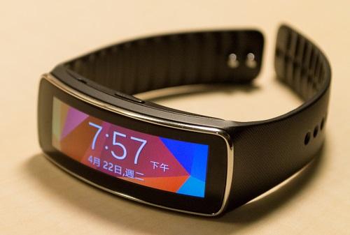 Gear_Fit wristband