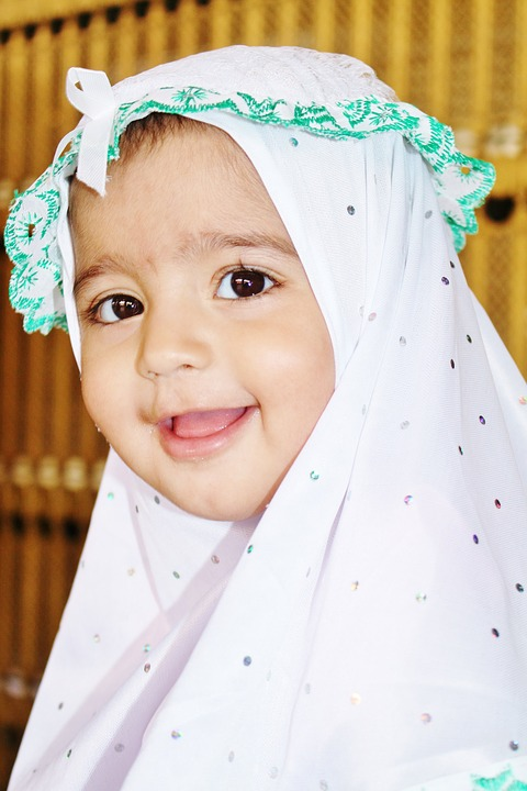 150 Beautiful & Amazing Muslim Girl Names For Parents To